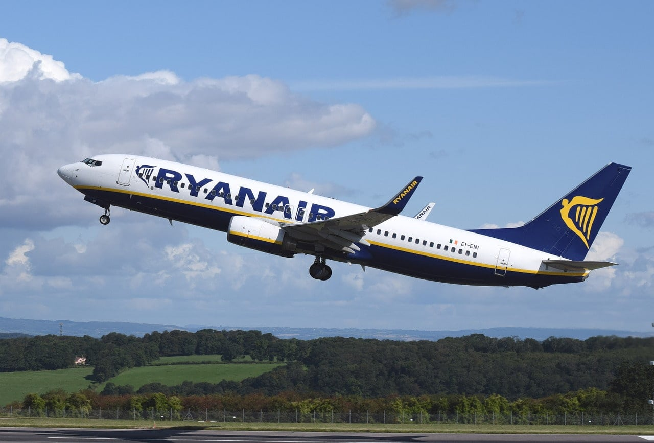 Schwarz Ryanair 44L Maximal Gr/ö/ße Handgep/äck 55x40x20 Reisetasche Umh/ängetasche